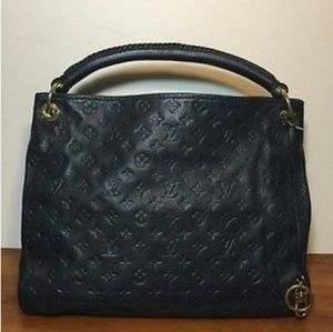 Louis Vuitton Artsy MM Leather Bag